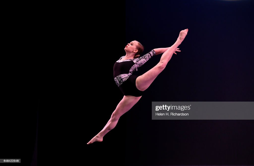 Young aspiring dancers compete in the 2017 Youth America Grand Prix ballet scholarship competition. : News Photo