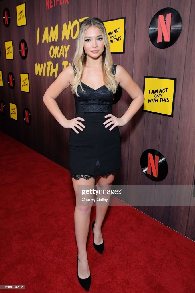MADELYN CLINE at I Am Not Okay with This Premiere in
