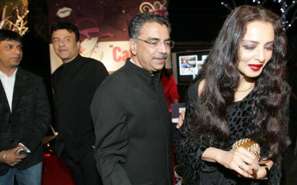 Madhur Bhandharkar and Anu Malik Rekha at HT Cafe Awards
