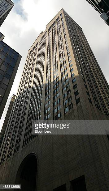 550 Madison Ave center stands in New York US on Wednesday Feb 18 2015 Chetrit Group is converting the former offices of Sony Corp's US headquarters...
