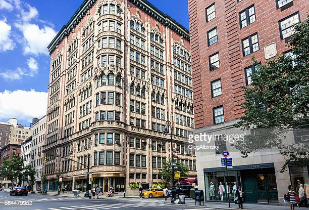 madison avenue, manhattan upper east side, new york. - madison avenue stock pictures, royalty-free photos & images