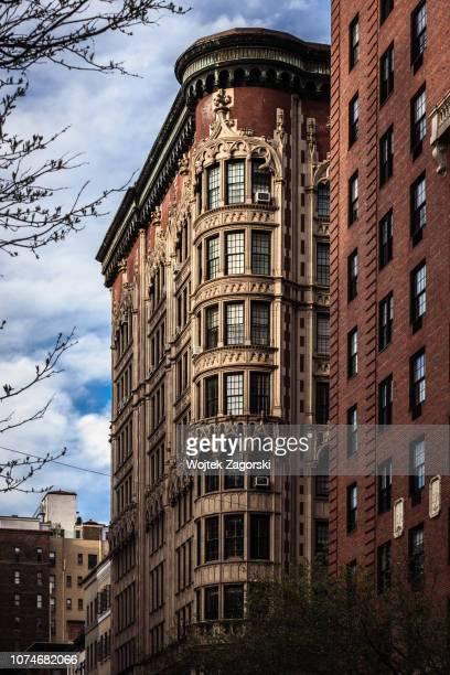 madison avenue - residential building - アッパーイーストサイドマンハッタン ストックフォトと画像