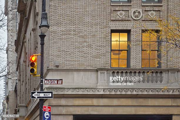 madison avenue sign new york city. - madison avenue stock pictures, royalty-free photos & images