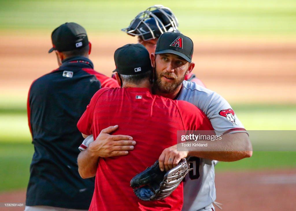 Arizona Diamondbacks v Atlanta Braves : News Photo