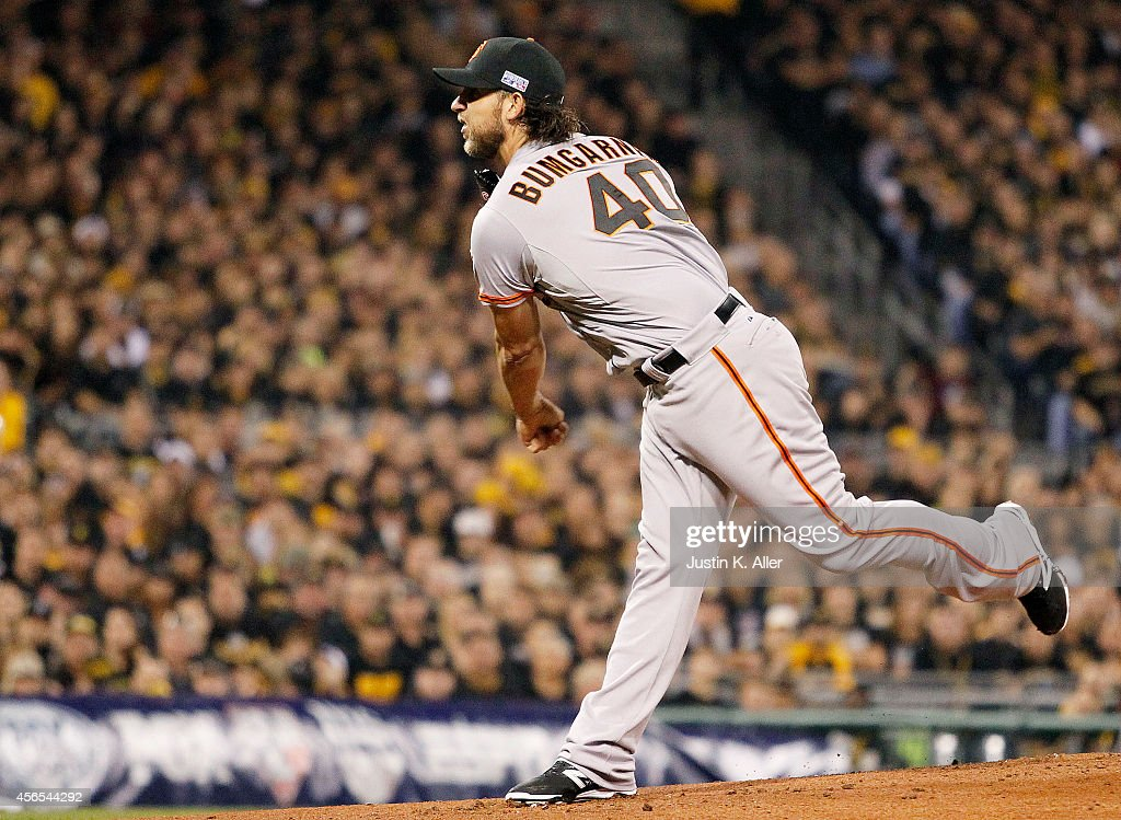 Wild Card Game - San Francisco Giants v Pittsburgh Pirates : News Photo