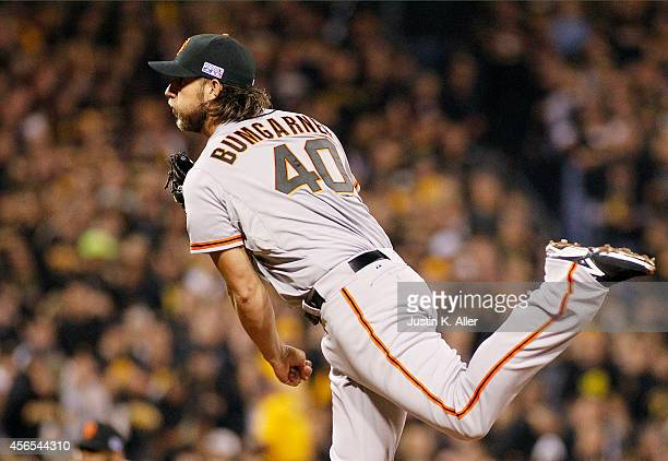 Madison Bumgarner of the San Francisco Giants pitches against the Pittsburgh Pirates during the National League Wild Card game at PNC Park on October...