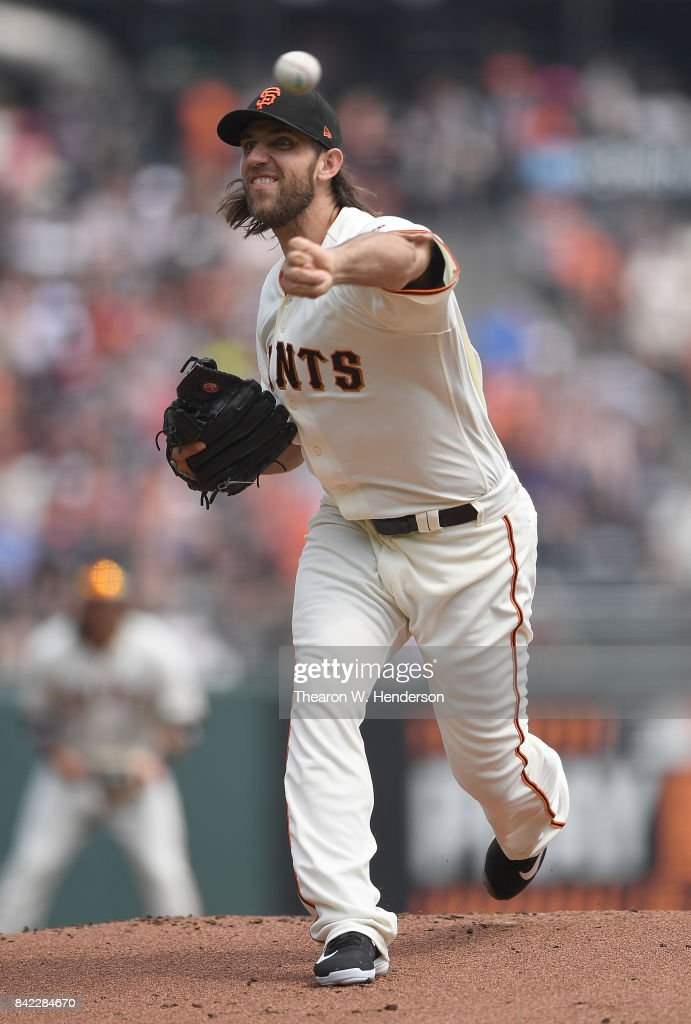 Madison Bumgarner #40 of the San Francisco Giants pitches against the St. Louis Cardinals in the top of the first inning at AT&T Park on September 3, 2017 in San Francisco, California.