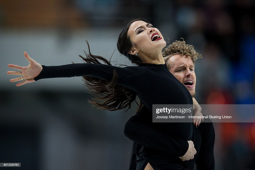 Madison Chock and Evan Bates of the United States compete during Ice Dance Free Dance on day two of the Rostelecom Cup ISU Grand Prix of Figure Skating at Megasport Ice Palace on November 5, 2016 in Moscow, Russia.