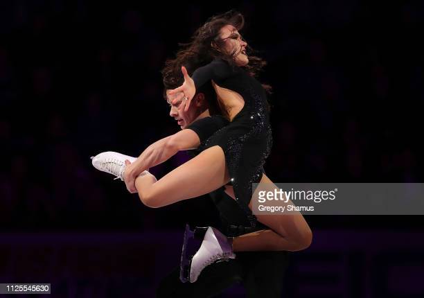 Madison Chock and Evan Bates skate in the skating spectacular after the 2019 US Figure Skating Championships at Little Caesars Arena on January 27...