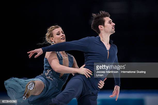 Madison Hubbell and Zachary Donohue of the United States compete during Ice Dance Free Dance on day two of the Trophee de France ISU Grand Prix of...