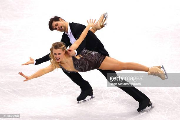 Madison Hubbell and Zachary Donohue of the United States compete in the Figure Skating Ice Dance Free Dance on day eleven of the PyeongChang 2018...