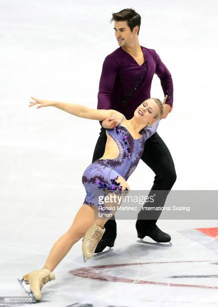 Madison Hubbell and Zachary Donohue of USA perform in the ice dance short dance during the ISU Grand Prix of Figure Skating at Brandt Centre on...