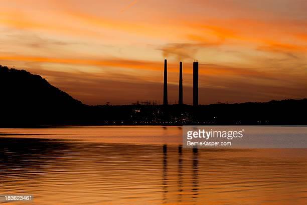 madison indiana sunset - オハイオ川 ストックフォトと画像