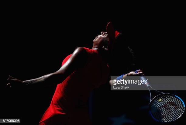 Madison Keys serves to CoCo Vandeweghe during the finals on Day 7 of the Bank of the West Classic at Stanford University Taube Family Tennis Stadium...