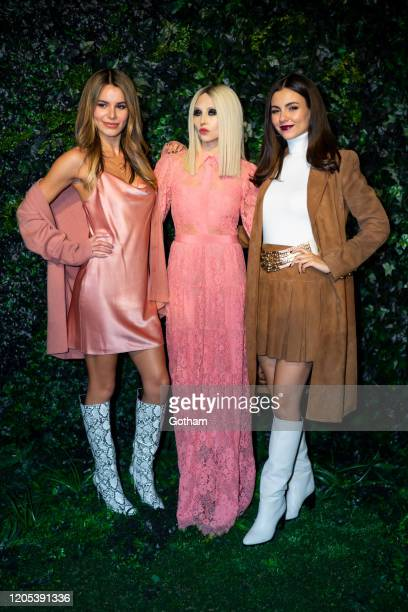 Madison Reed Stacey Bendet and Victoria Justice attend the Alice Olivia fashion show during New York Fashion Week The Shows at Highline Stages on...