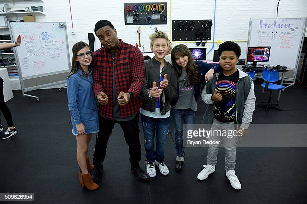 Madisyn Shipman Kel Mitchell Thomas Kuc Cree Cicchino and Benjamin Flores of Nickelodeon's Game Shakers visits Pixel Academy on February 12 2016 in...