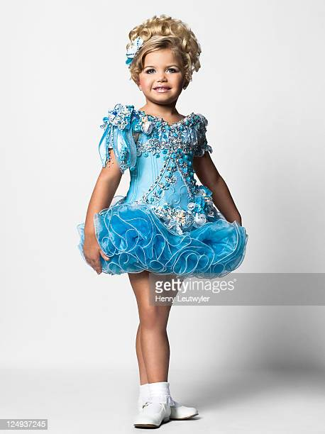 Madisyn Verst a contestant in child beauty pageants is photographed for People Magazine on August 5 2011 in Nashville Tennessee Published Image