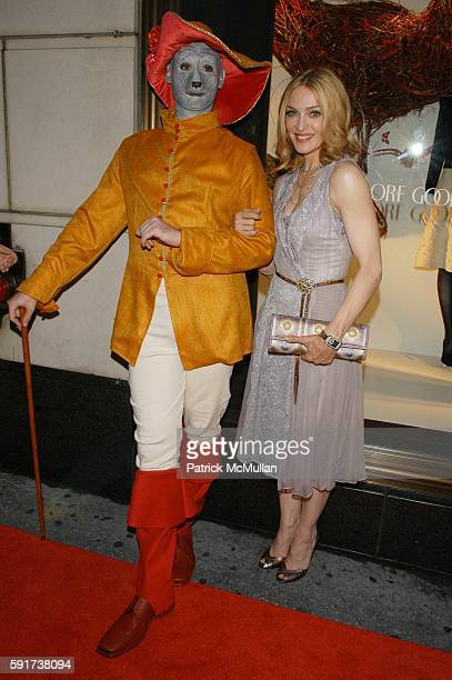 Madonna attends Lotsa De Casha childrens book by Madonna Red Carpet Arrivals at Bergdorf Goodman NYC USA on June 7 2005