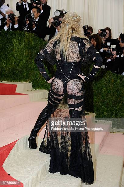 Madonna attends 'Manus x Machina Fashion In An Age Of Technology' Costume Institute Gala at Metropolitan Museum of Art on May 2 2016 in New York City