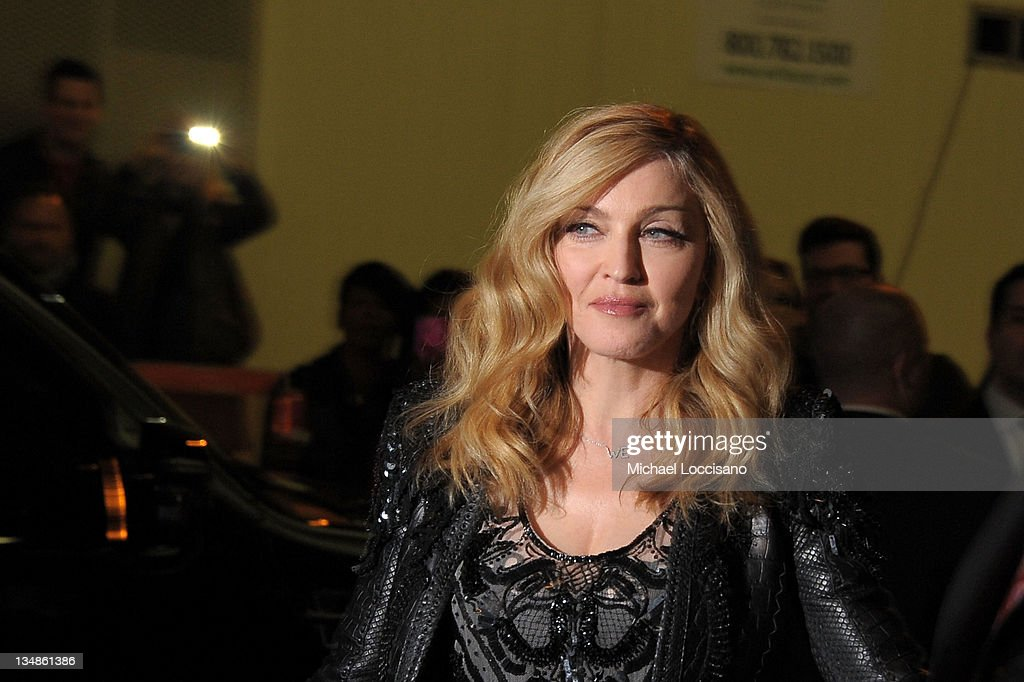 """The Cinema Society & Piaget Host A Screening Of """"W.E."""" - Outside Arrivals : News Photo"""