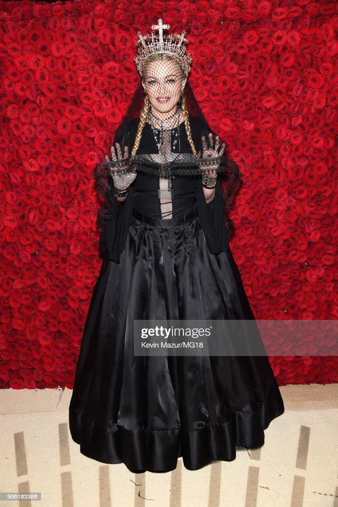 Heavenly Bodies: Fashion & The Catholic Imagination Costume Institute Gala - Cocktails : Nieuwsfoto's