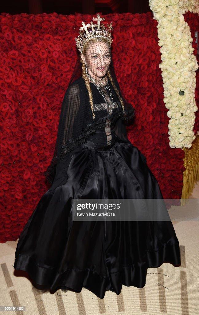 Heavenly Bodies: Fashion & The Catholic Imagination Costume Institute Gala - Cocktails : News Photo