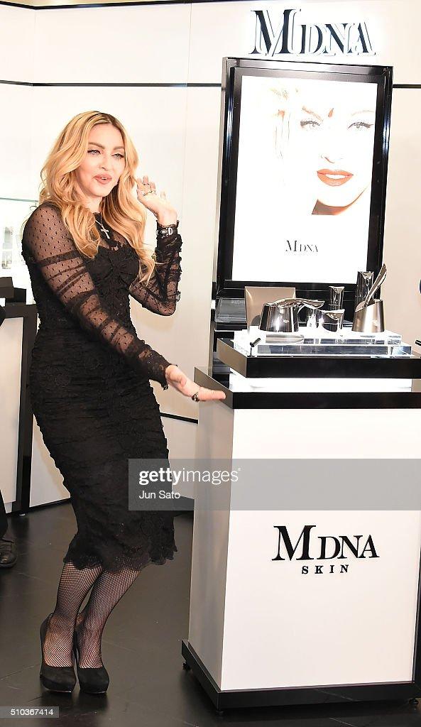 Madonna Promotes MDNA SKIN In Tokyo : News Photo