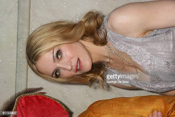 "Madonna celebrates Her New Book ""Lotsa de Casha"" at Bergdorf Goodman in New York City - June 7 7-Jun-05"