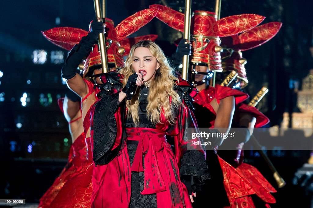 Madonna Performs At O2 Arena In London : News Photo