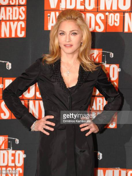 Madonna poses in the press room at the 2009 MTV Video Music Awards at Radio City Music Hall on September 13 2009 in New York City