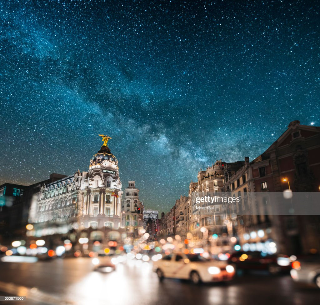 Madrid, bij nacht - Gran Via : Stockfoto