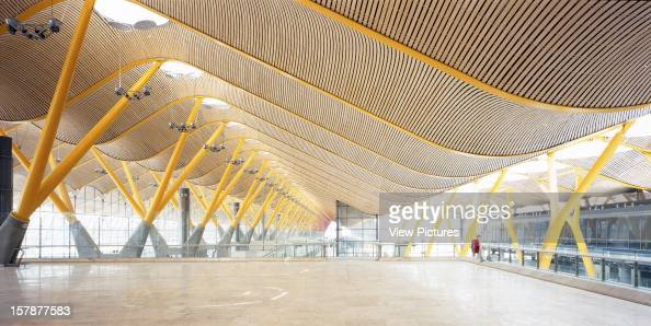 Madrid barajas airport terminal 4 madrid spain - Terminal ejecutiva barajas ...