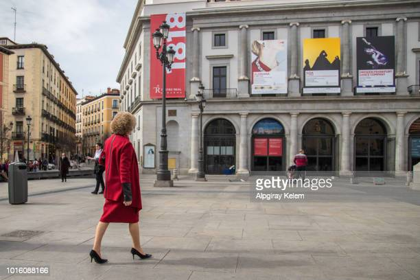 madrid cityscape, royal theater, madrid, spain - soprano singer stock pictures, royalty-free photos & images