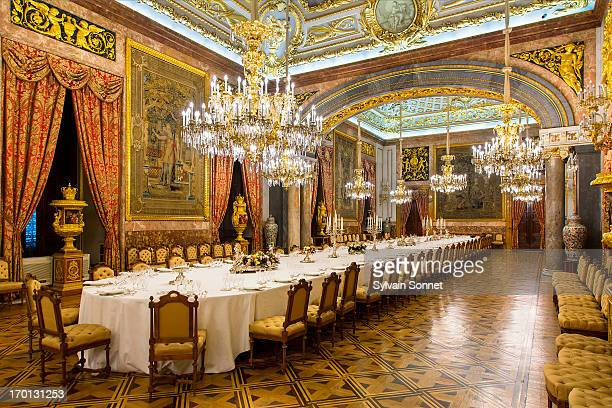 madrid, dining room in royal palace - madrid royal palace stock pictures, royalty-free photos & images