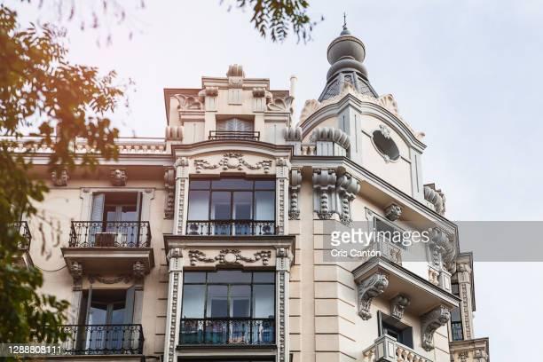 madrid facade - cris cantón photography fotografías e imágenes de stock