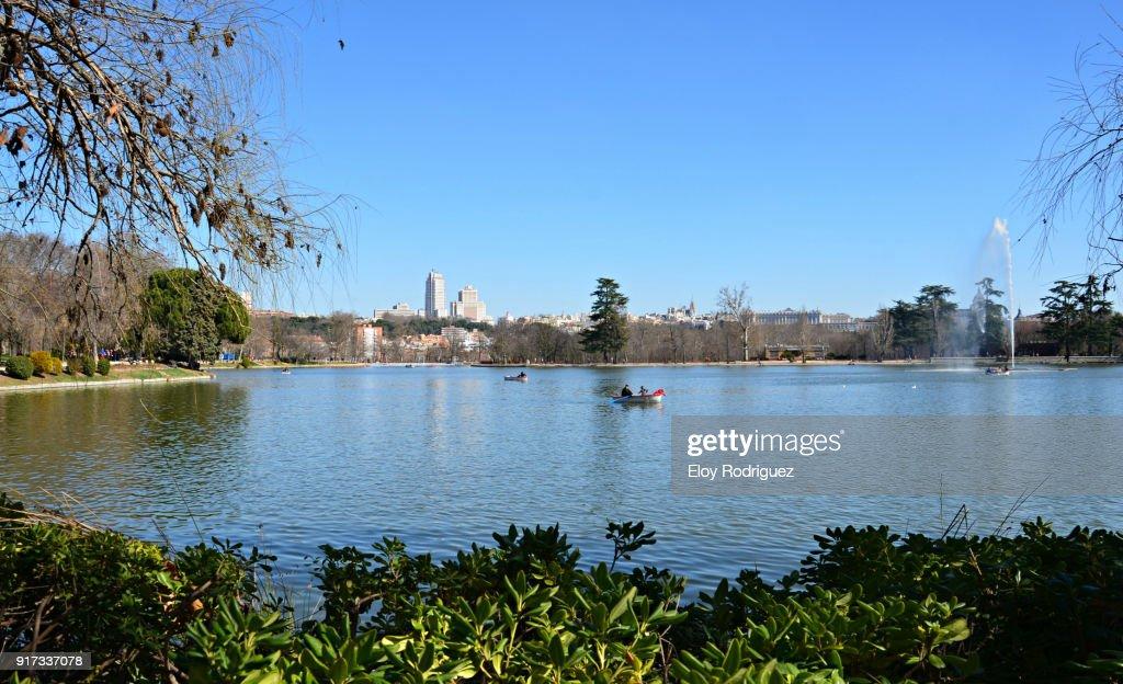 Madrid Lago De La Casa De Campo Stock Photo | Getty Images