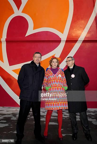 Madrid Mayor Alberto Ruiz Gallardon Spanish designer Agatha Ruiz de la Prada and Marc Puig during the presentation of the mural painted by designer...