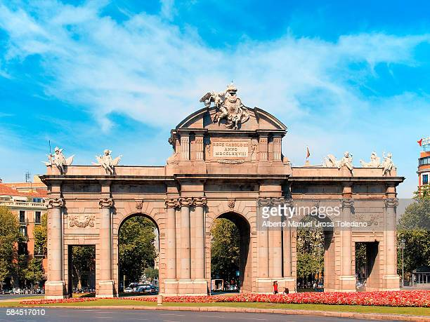 Madrid, Puerta de Alcala - Alcala Gate