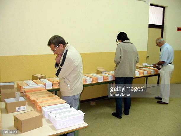 Madrid School Republic of Colombia Aspect of the electoral school Republic of Colombia in the Blessed Bread district in Carabanchel during the...
