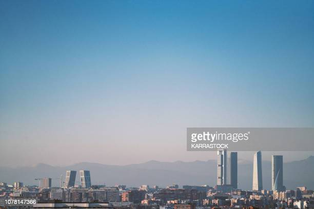 madrid skyline from the air - madrid stock-fotos und bilder