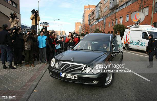 A hearse arrives to pick up the body of Erika Ortiz younger sister of Spain's Princess Letizia who died earlier today in Madrid 07 February 2007 The...