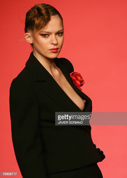 A model displays an outfit by Spanish designer Elio Berhanyer part of her Fall/Winter 2007 collection at Madrid fashion week 13 February 2007 AFP...