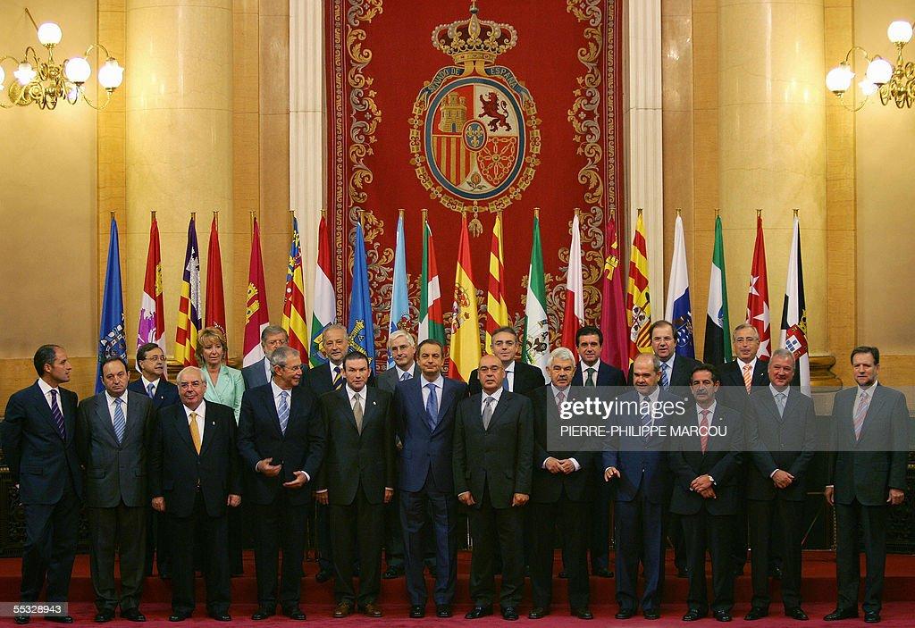 From L to R, bottom: Valencia's Presiden : News Photo