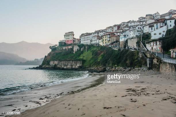 lastres, asturias, spain - principado de asturias fotografías e imágenes de stock