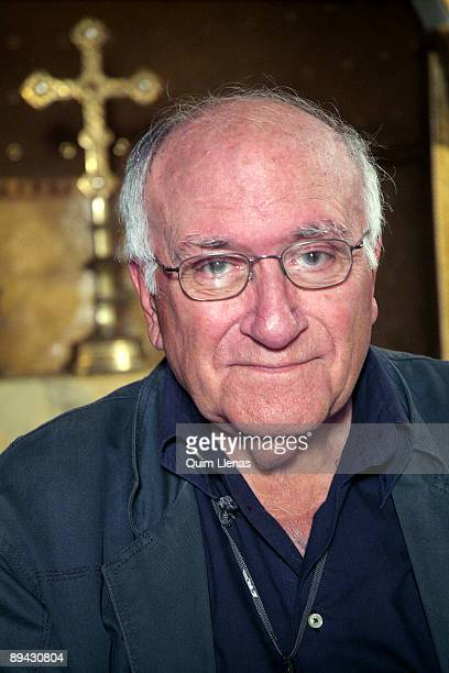 Madrid Spain Portrait of the film direrctor Vicente Aranda during the filming of the movie 'Tirante El Blanco' Vicente Aranda is the author of the...