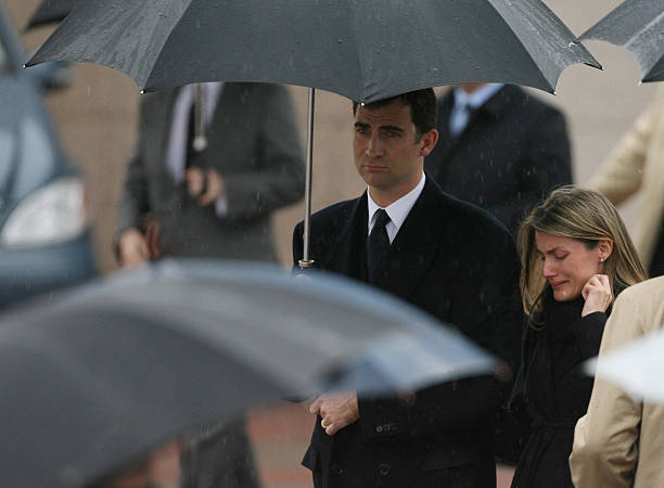 spanish royals attend the funeral of erika ortiz photos and images getty images. Black Bedroom Furniture Sets. Home Design Ideas