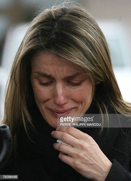 Spain's Princess Letizia departs from the crematorium of Tres Cantos after the funeral of her younger sister Erika Ortiz near Madrid 08 February 2007...