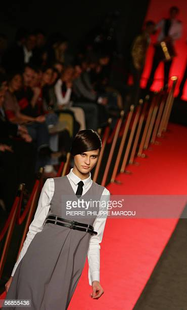Spanish model Bimba Bose presents Spanish designer David Delfin's AutumnWinter 2006 collection during Madrid's Fashion week in Madrid 15 February...