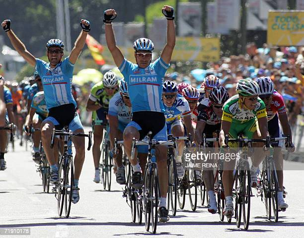 Veteran German sprinter Eric Zabel celebrates after winning the final stage of the Tour of Spain in Madrid, 15 September 2006. Astana rider Kazakh...