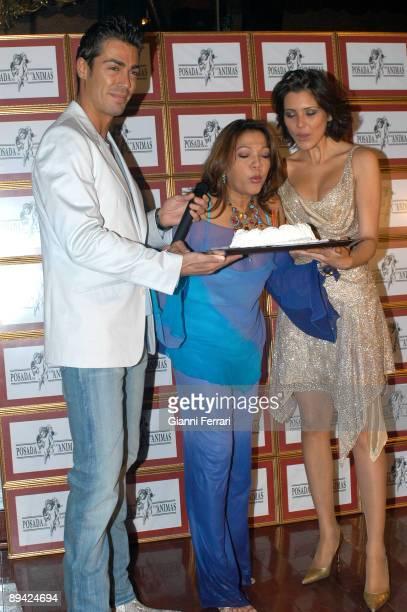 Madrid The singer Angela Carrasco with Maria Jesus Ruiz Beauty Miss 2004 and Jose Gomez Rodero Beauty Mister 2004